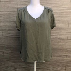 Lily White Blouse Size Large